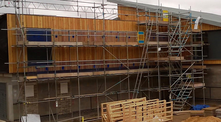 commercial scaffolding luton